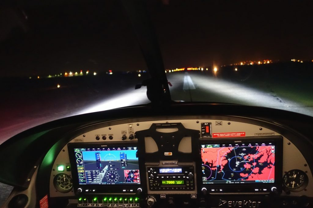 Evektor SportStar RTC Receives EASA approval for VFR night operations 1